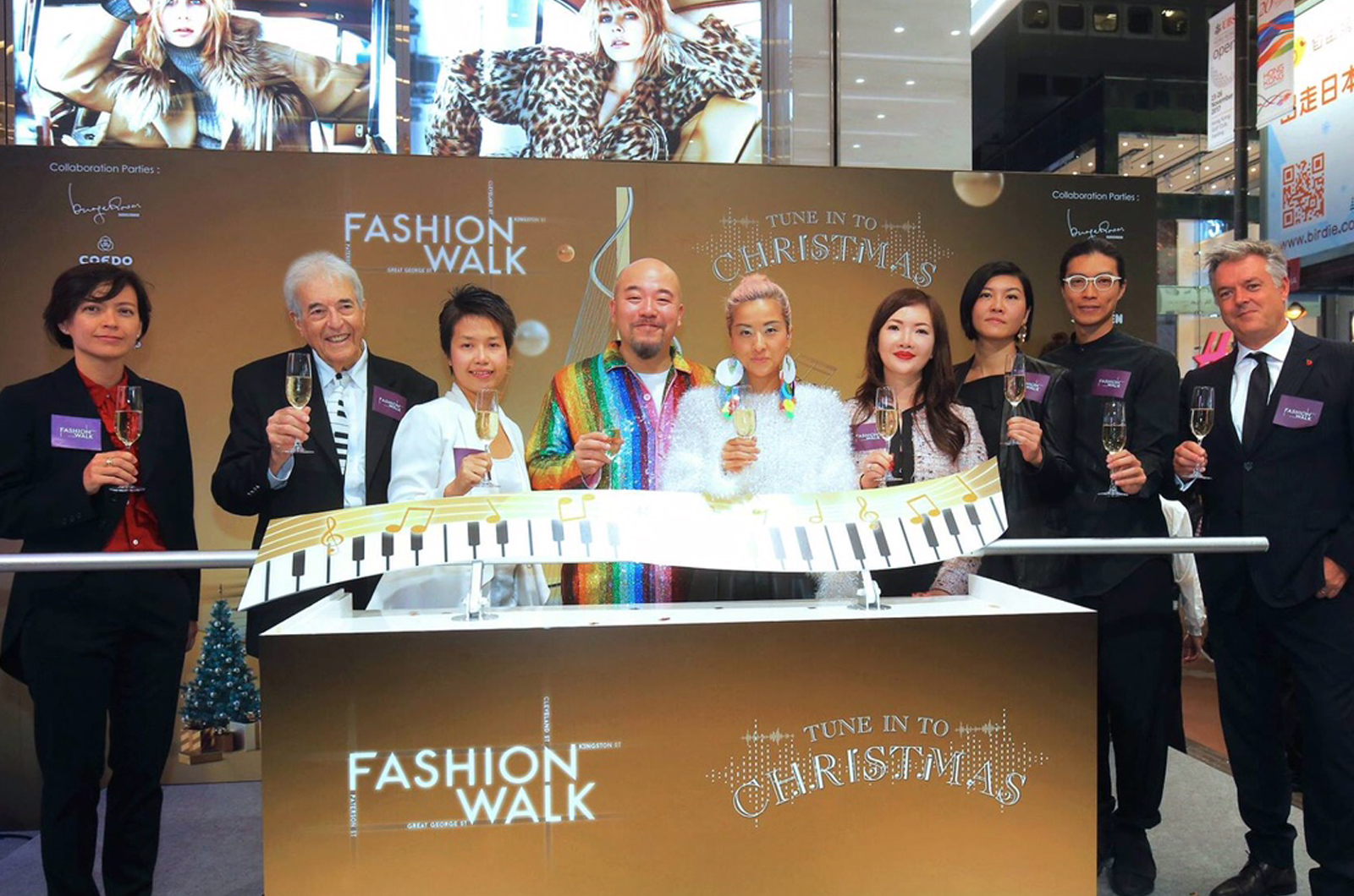 Big Piano on Fashion Walk_Hong Kong_Remo Saraceni