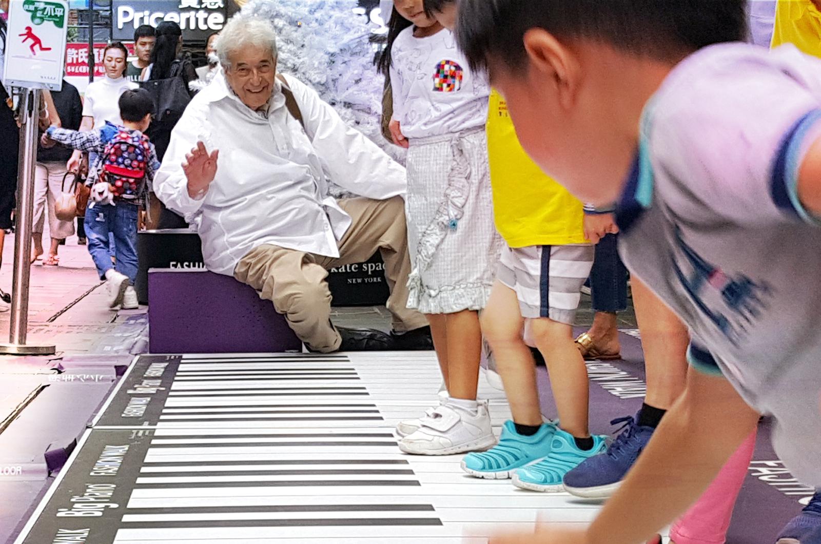 Celebrity PHOTO4_Remo in HK2